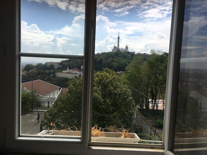 Appartement croix roussien avec vue sur Fourvière