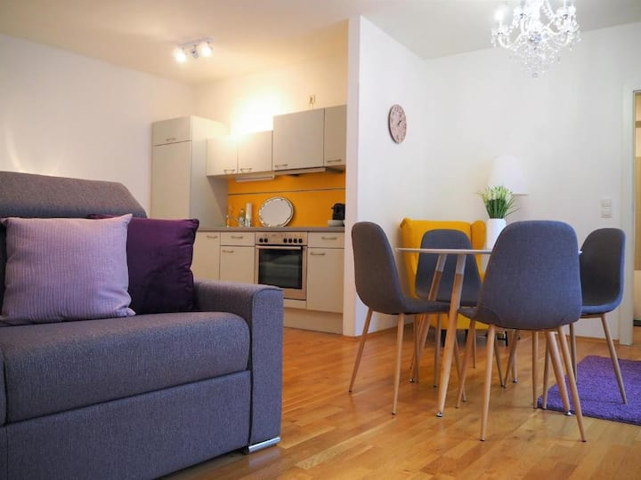 ⭐️💜Central stylish apartment incl. parking garage💜⭐️