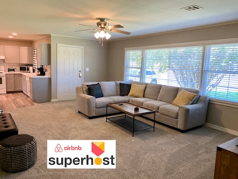 Freshly renovated 3 BR with Man Cave / Lady Lounge
