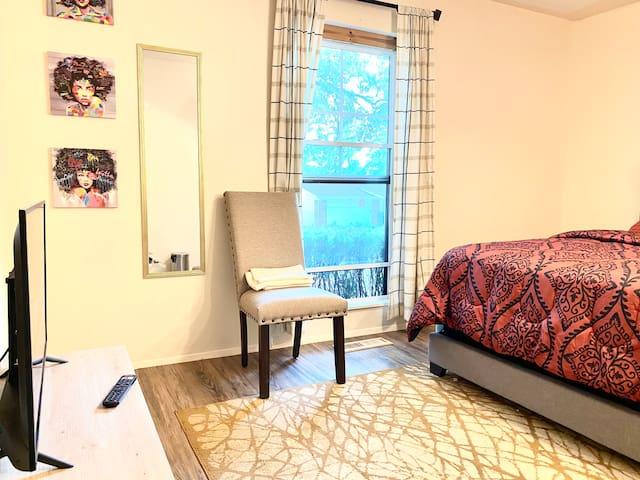 Cozy, Artsy, Romantic - Private Room