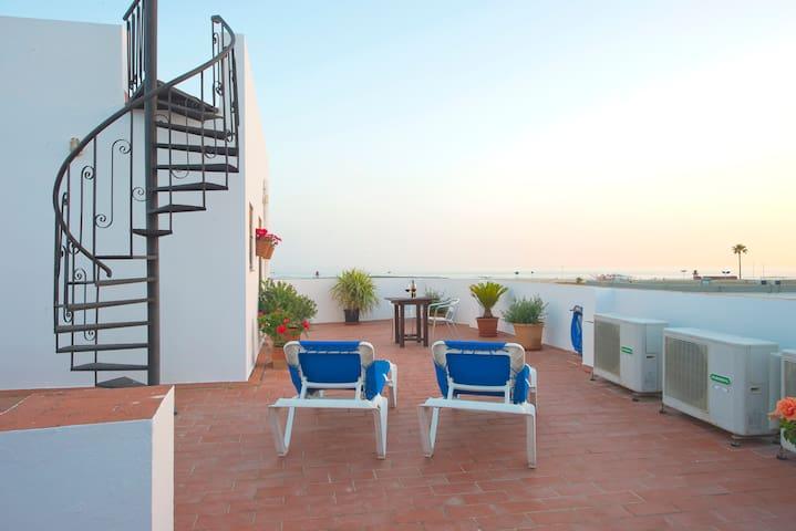 Apartamento Torre de Guzmán Playa Los Bateles 2pax