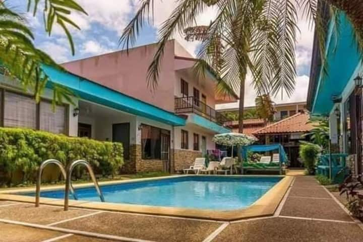 Mariposa best value suite (4 min f' beach+parking)