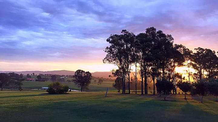 Blackwattle Luxury Sunset Retreat