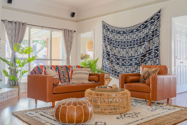 Bohemian Chic | Custom Renovated | 3BR 2BA