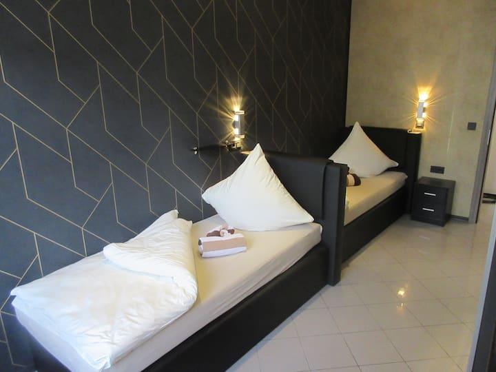 Zweibettzimmer Hotel Palmenhof Kirkel