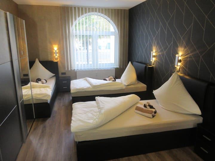 Familienzimmer Hotel Palmenhof Kirkel