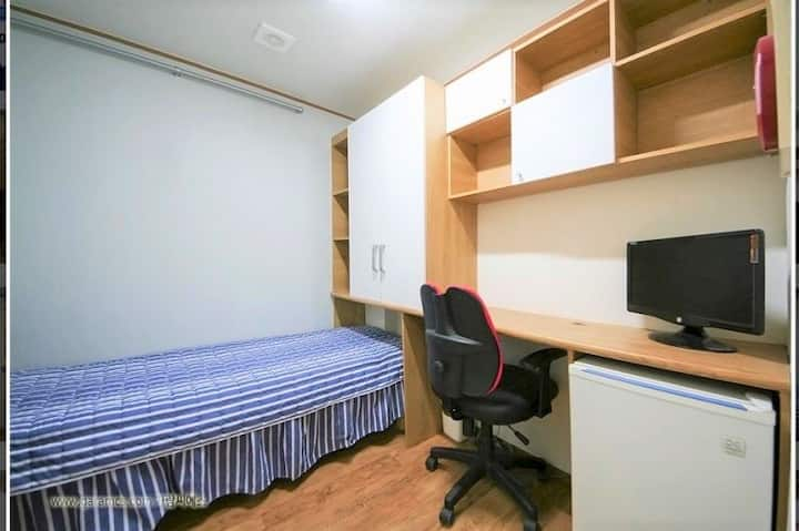 Clean & cozy single room.(Women only)-5