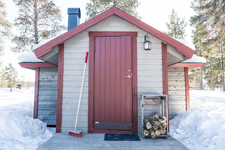 The Reindeer Lodge (Red Cabin)