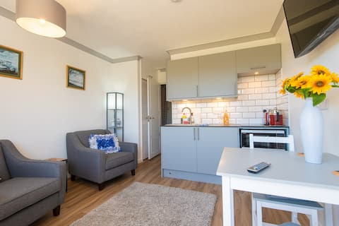 NEW for 2021!  Spacious Self-catering Apartment