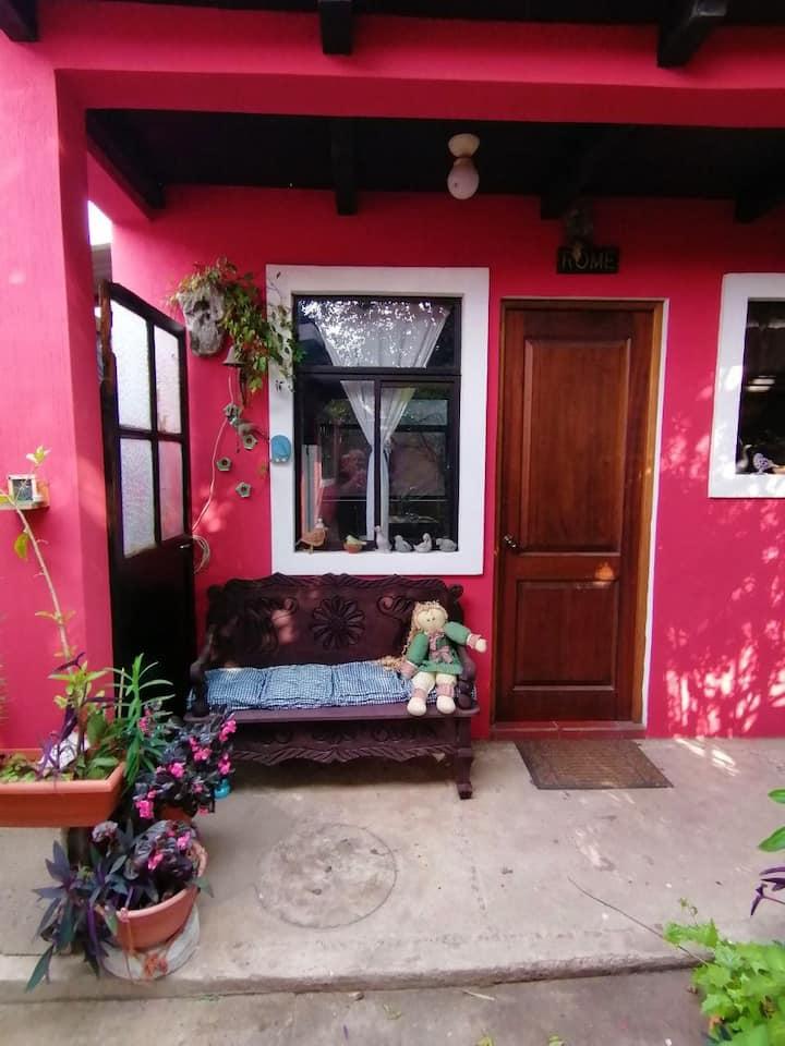 """Apartamento estudio """"Italia"""" - Casa Buganvillea"""