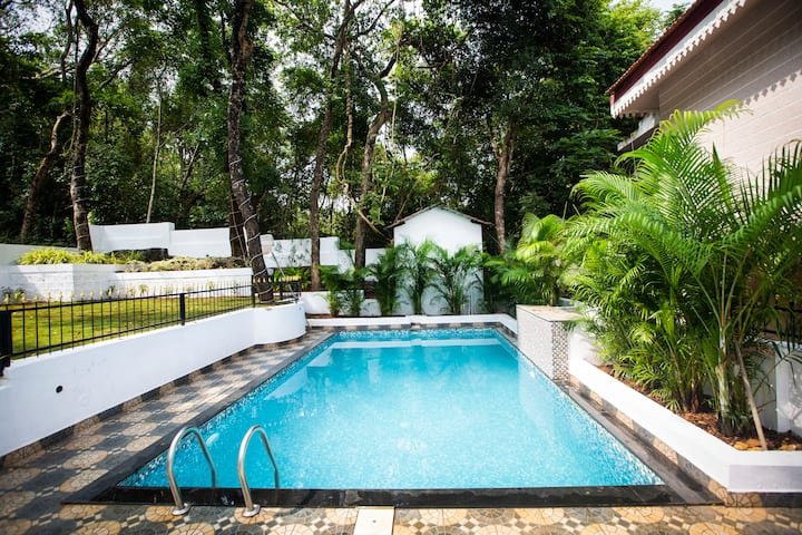 La Verde - 3BHK Villa Private Pool amidst nature