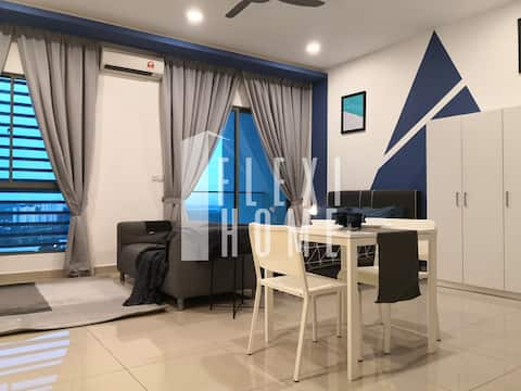 Designed & Comfy Studio, Cyberjaya by Flexihome
