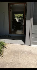 Front door. no steps