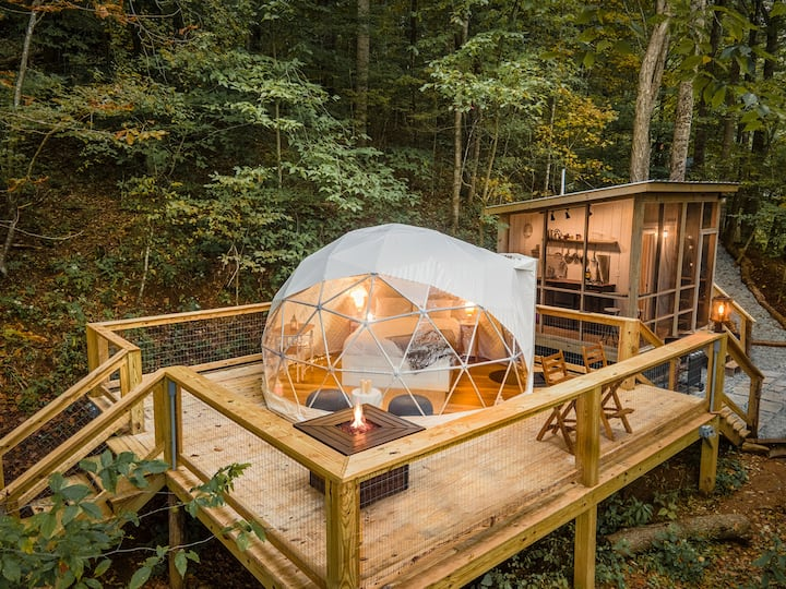 Tiny Geopod in Todd- Hot Tub, Views, Outdoor Oasis