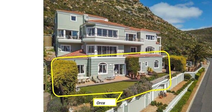 Orca Suites: Cape Town's best view over False Bay!
