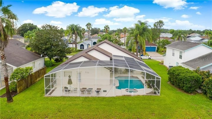 Entire Lake view house w pool 5' to DisneySeaWorld