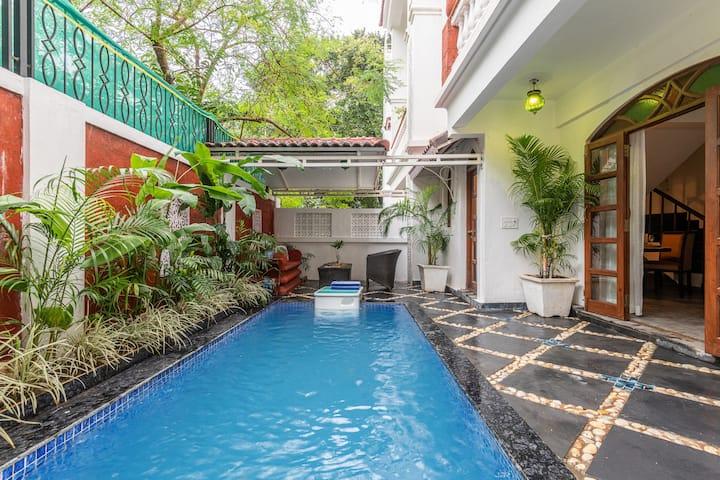 Luxurious 4BHK Villa with a Pool near Candolim