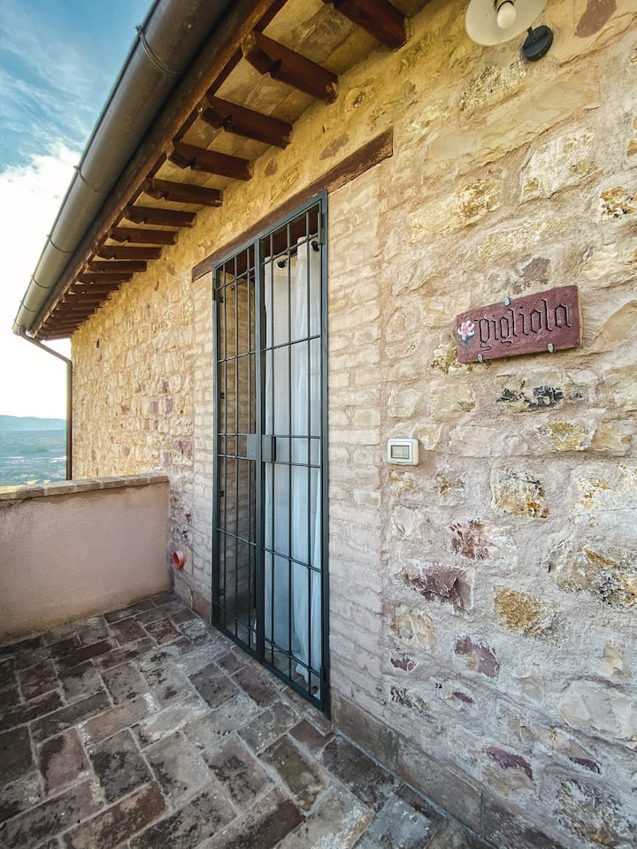 App. Gigliola (max 6 p.) Country House in Umbria