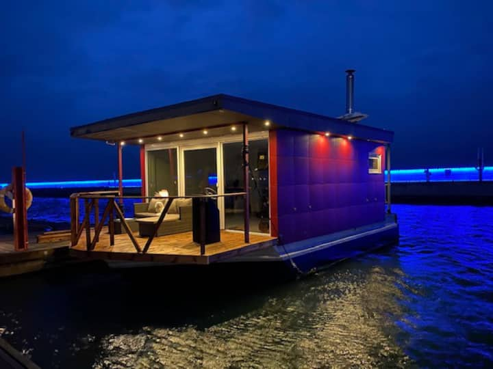 Floating house with sauna
