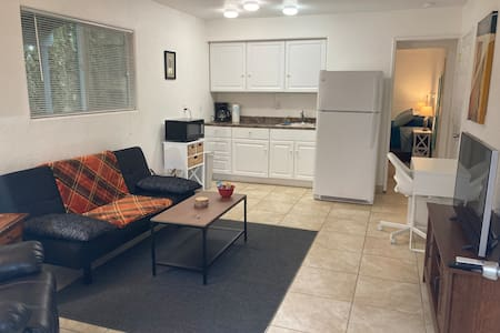 Private Junior One Bedroom Suite - Sleeps up to 4