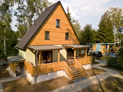 lauch3.de - grünes Ferienhaus am See