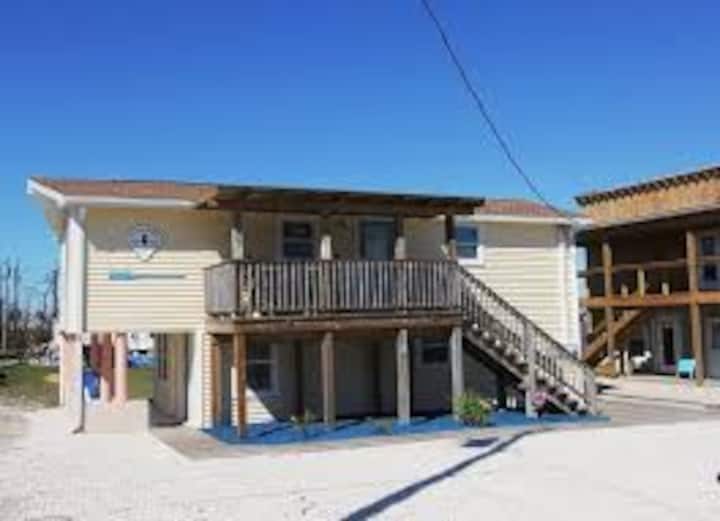 !!Pet Friendly & Only 124 ft. to Gulf of Mexico!!