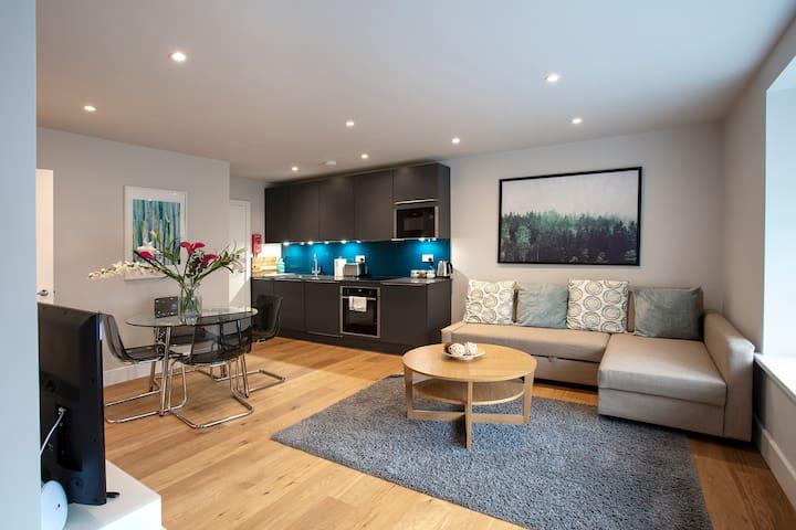 Hampden Apartments - The Edward