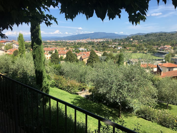 """Casa Vacanze Panoramica """"Il Borgo di Gaville"""""""