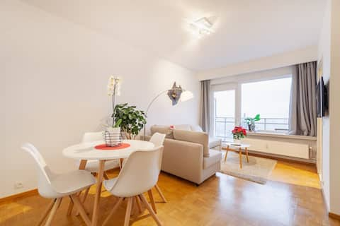 Modern apartment with panoramic view over Antwerp