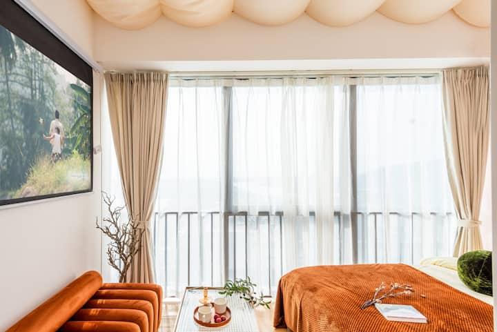 长租特惠 遇见『滨河之恋』之日式清新大公寓 超清投影/日落/近【长隆海洋王国】【口岸】【星乐度】