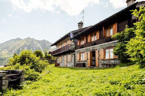 Appartamento in Val d'Ayas ad Antagnod