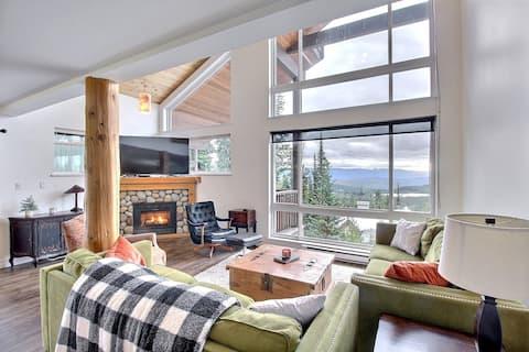 Hyggelig hytte med fantastisk utsikt og privat boblebad