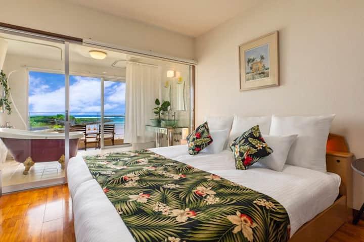 ホテルホームランドC室 オーシャンビューの絶景でプライベートビーチのある南国プチリゾートスタイル