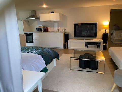 Jolie chambre dans villa,quartier résidentiel
