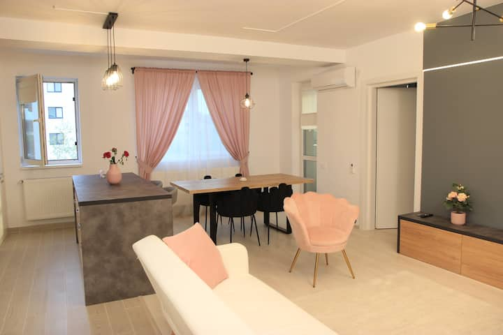 Amazing apartment,few minutes away from airport