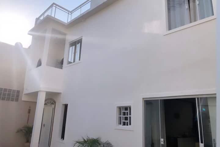 Linda casa de 3 andares proximo a praia.