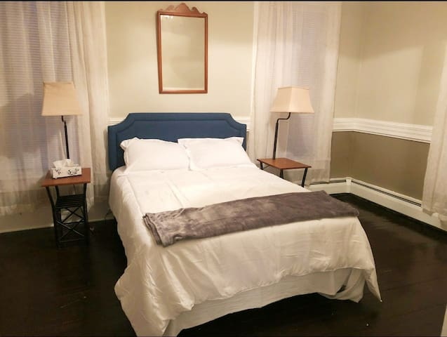 Exec Rental Central NY, First Floor, Pet friendly