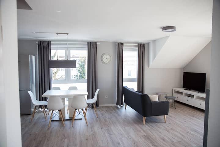 moderne Wohnung mit 35qm Dachterrasse + Kamin