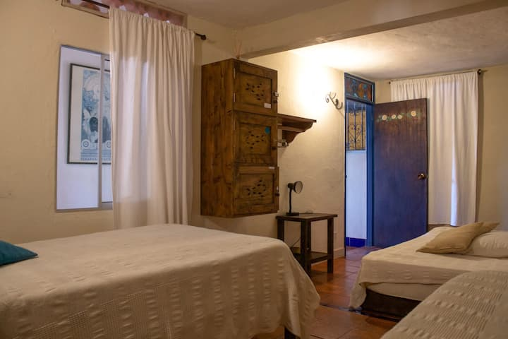 ALL INCLUSIVE: guatape, monthly couple room.