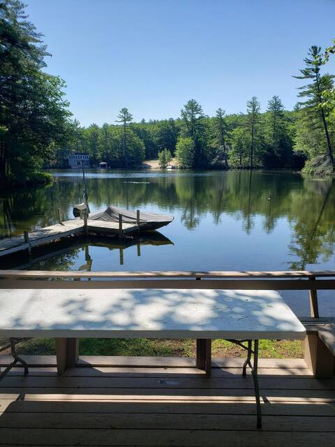 Pine River Pond Lakefront Getaway Peaceful & Quiet