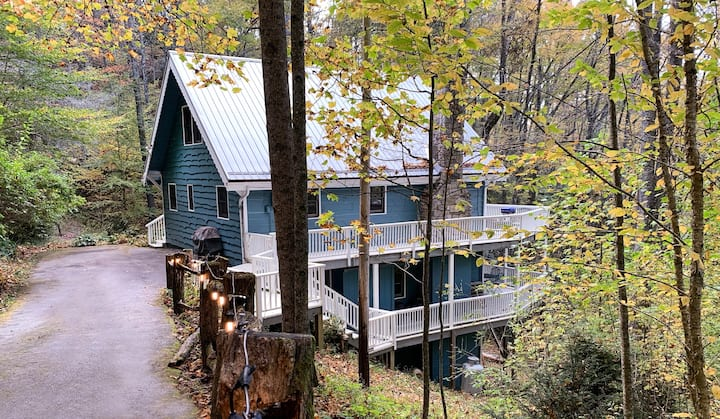 Treetop Cottage at Lake Glenville
