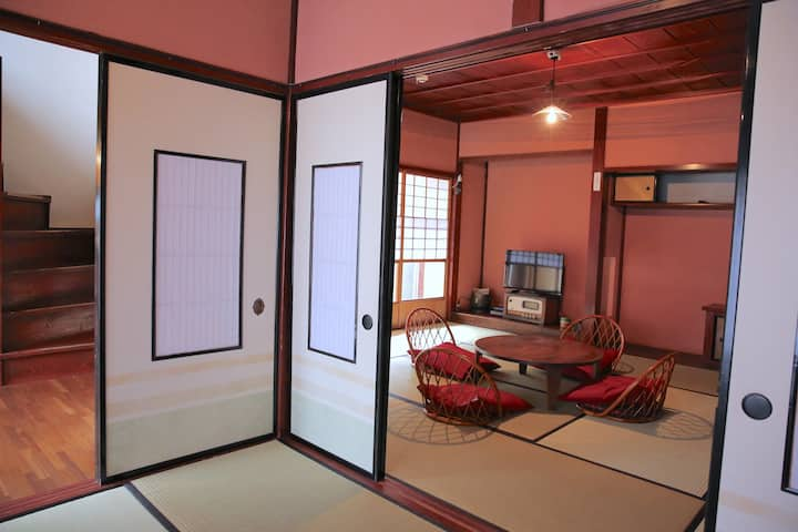 ●GeicoHouse●_山中温泉の一棟貸古民家宿