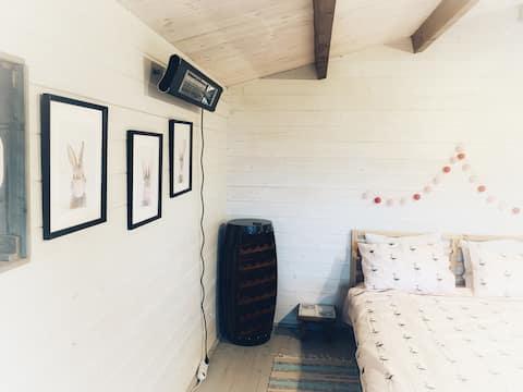 Dvarcenai Wood House - retreat in nature