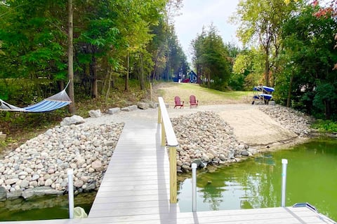 Lake front Chalet in Catskill close to Ski slopes