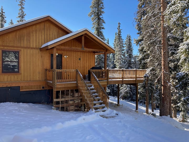 Valley of the Sun Mountain Chalet/Pet Friendly