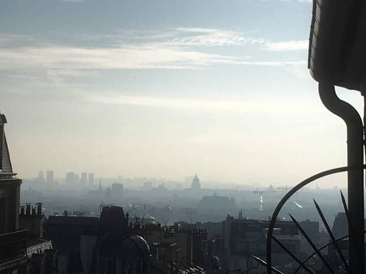 "Lovely little flat at ""Montmartre"" romantic vue"