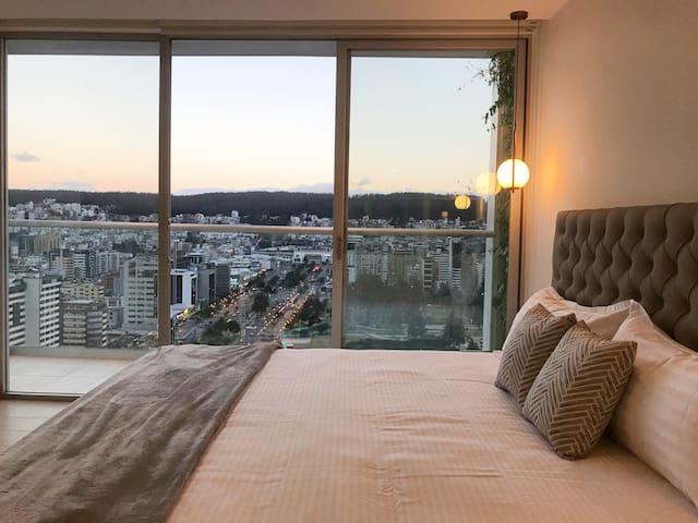 Suite Apartamento Vista La Carolina -ONE Quito