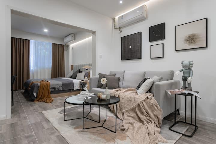 每客消毒【B9】超清投影&红星桥地铁站&成都339&舒适一居室&可住4人