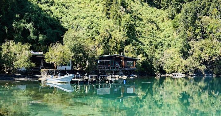Isla privada en Lago Rupanco, Chile
