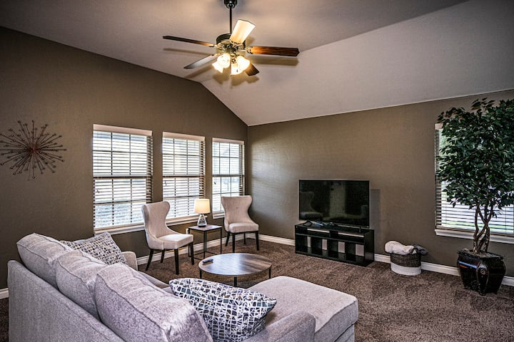 North Norman home with Brand New Furnishings